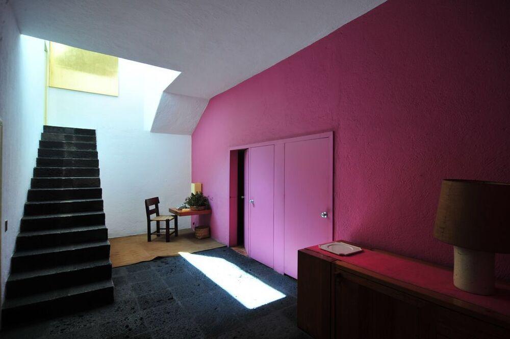 La casa studio dell'architetto Luis Barragan a Città del Messico è patrimonio mondiale dell'UNESCO e un luogo in cui le foto degli interni sono strettamente controllate