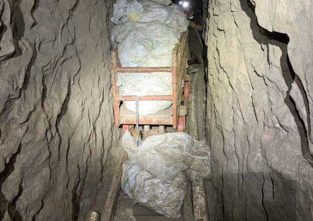 Il tunnel della droga scoperto a San Diego