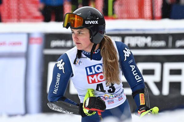 La giovane sciatrice italiana Laura Pirovano - Sputnik Italia