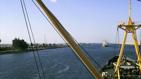 Il Canale di Suez che lega il mar Rosso e il mar Mediterraneo. - Sputnik Italia