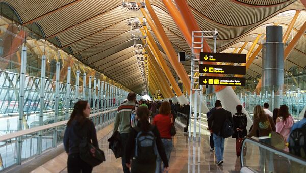 Aeroporto di Madrid Barajas - Sputnik Italia