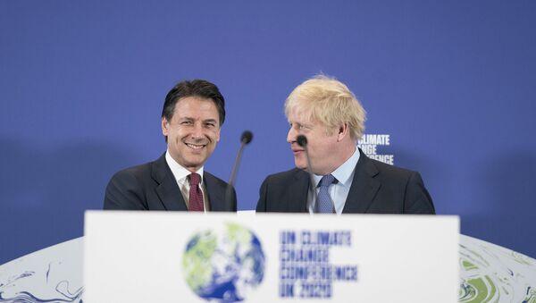 Conte con il Primo Ministro del Regno Unito Johnson - Sputnik Italia