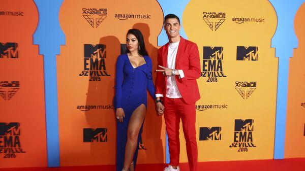 Cristiano Ronaldo e Georgina Rodriguez - Sputnik Italia