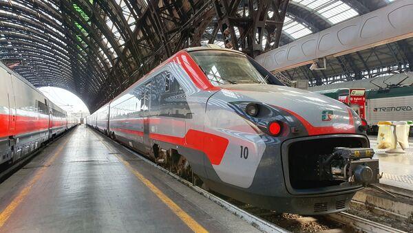 Treni italiani: Frecciargento - Sputnik Italia