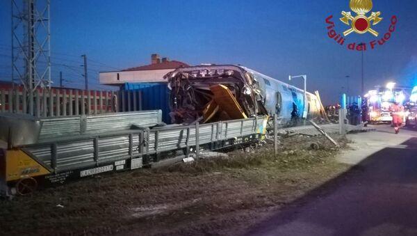 Deragliamento del treno ad alta velocità a Lodi. - Sputnik Italia