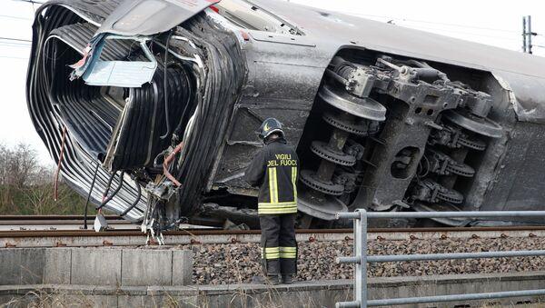 Un treno ad alta velocità Frecciarossa è deragliato sulla linea Milano-Bologna a Ospedaletto Lodigiano il 6 febbraio 2020 - Sputnik Italia