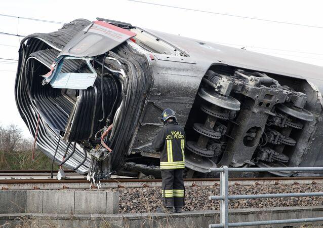 Un treno ad alta velocità Frecciarossa è deragliato sulla linea Milano-Bologna a Ospedaletto Lodigiano il 6 febbraio 2020