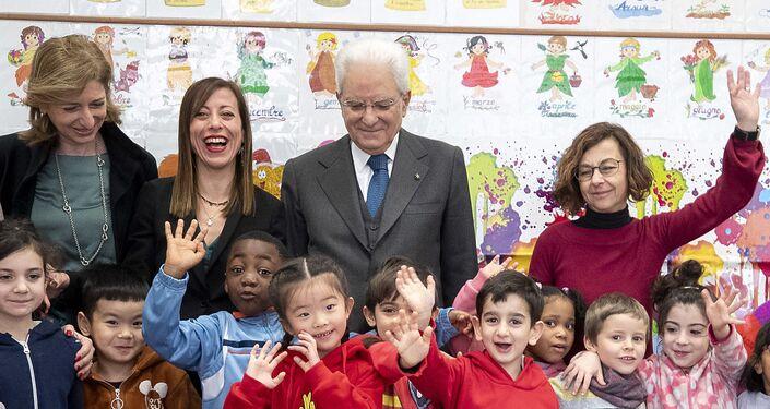 Il Presidente Sergio Mattarella in occasione della visita alla scuola D. Manin, nel quartiere esquilino