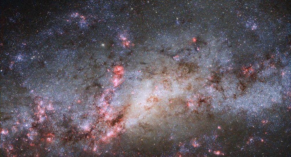 Galassia Cocoon NGC 4490