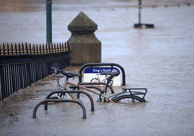 Tempesta Ciara in Gran Bretagna