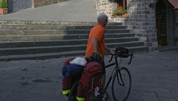 Turista a Montepulciano - Sputnik Italia
