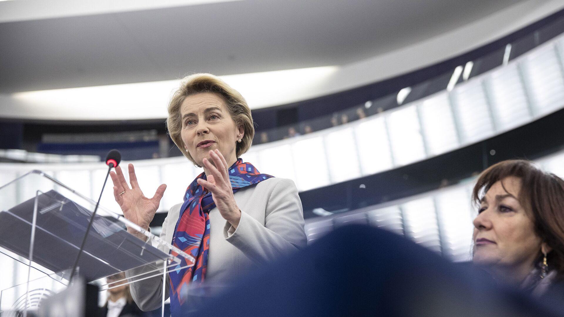 Il presidente della Commissione Europea Ursula von der Leyen  - Sputnik Italia, 1920, 24.03.2021