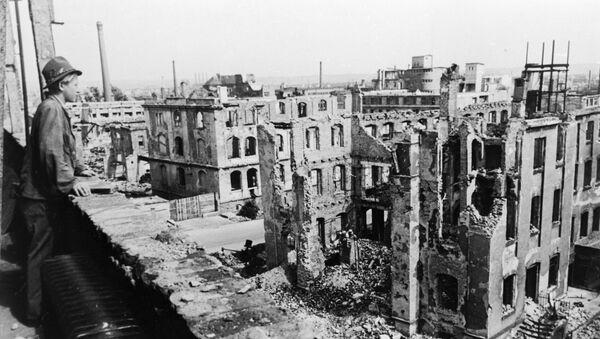 Dresda dopo il bombardamento del 1945 - Sputnik Italia