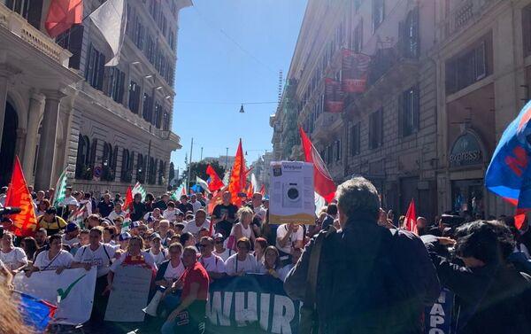La manifestazione dei lavoratori Whirlpool, Roma, 4 ottobre - Sputnik Italia
