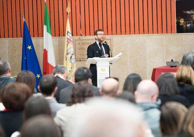 Il ministro Giuseppe Provenzano a Gioia Tauro annuncia il Piano per il Sud