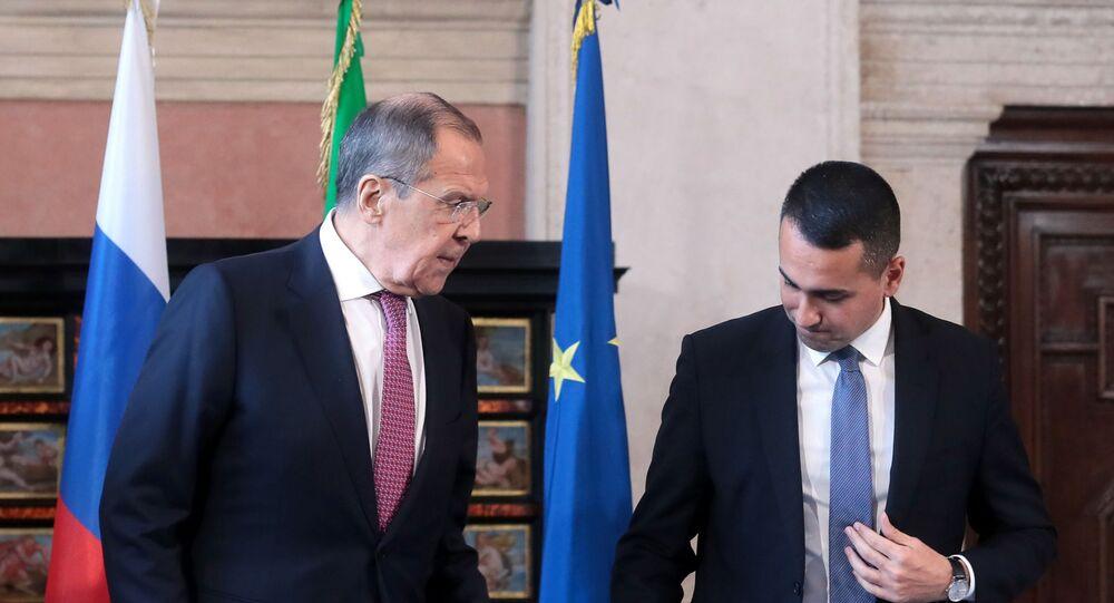 Sergey Lavrov e Luigi di Maio alla conferenza stampa dopo il vertice intergovernativo Italia-Russia 2+2 a Roma