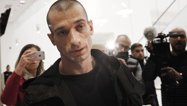 L'attivista russo Petr Pavlensky - Sputnik Italia