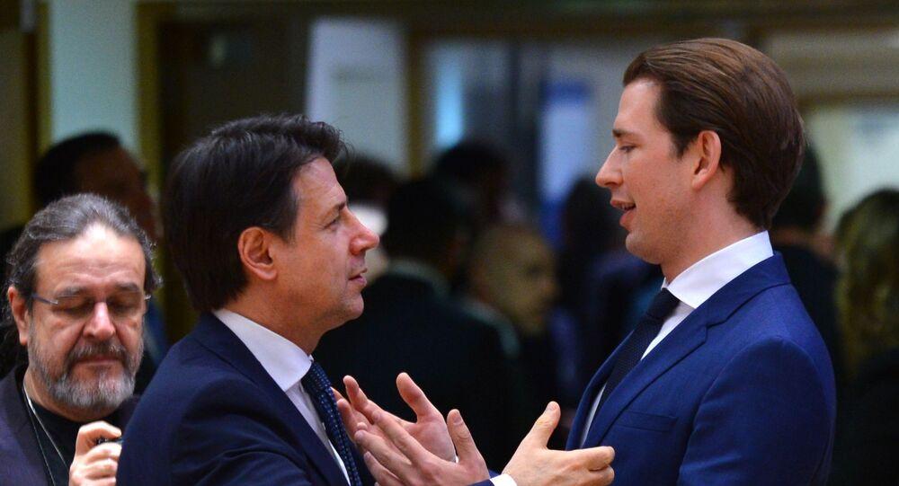 Il cancelliere federale austriaco Sebastian Kurz e il primo ministro italiano Giuseppe Conte al vertice UE a Bruxelles