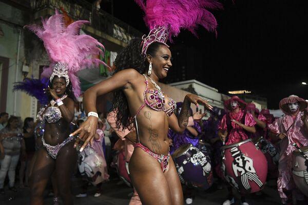 Il Carnevale più lungo del mondo a Montevideo, Uruguay - Sputnik Italia