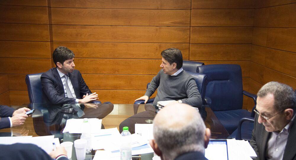 Il Presidente del Consiglio, Giuseppe Conte, e il Ministro della Salute, Roberto Speranza, al Dipartimento della Protezione Civile.
