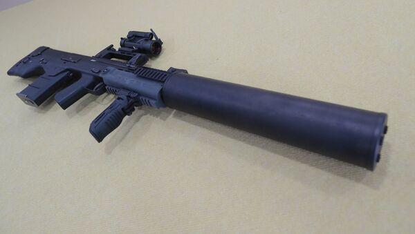 Il fucile d'assalto russo ASh-12 - Sputnik Italia