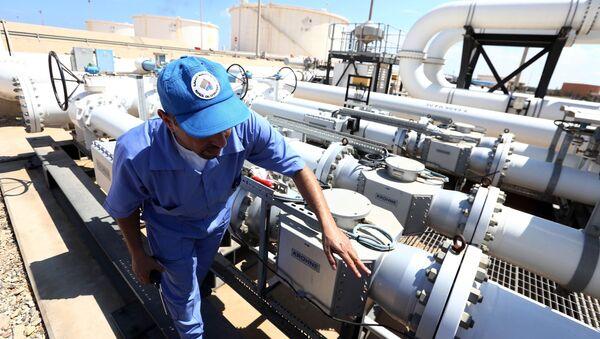 Produzione petrolio in Libia - Sputnik Italia