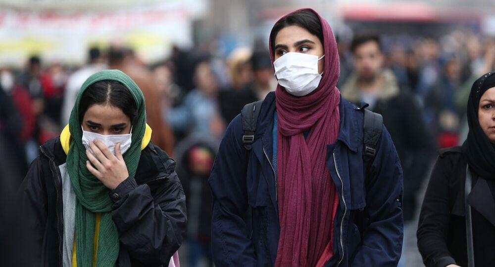 Iranian women at Grand Bazaar in Tehran