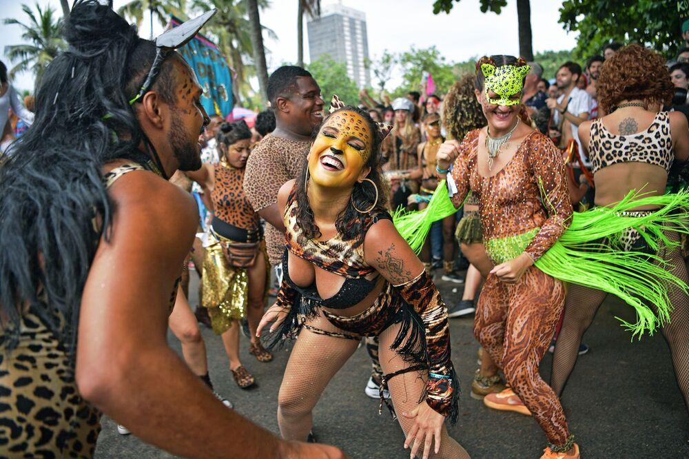 Alla vigilia dell'apertura del Carnevale di Rio de Janeiro, Brasile