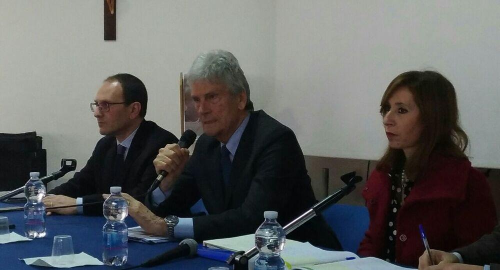 Sen. Cristiano Anastasi (da sinistra), prof. Enrico Rolle (al centro) e l'ingegnere Cecilia Corrao, Responsabile Unico del Procedimento per la Sicilia
