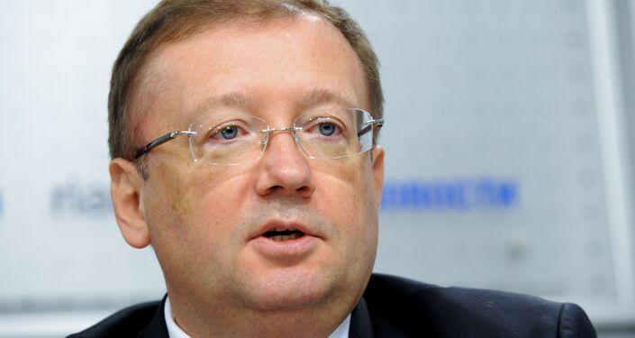l'ambasciatore russo nel Regno Unito Alexander Yakovenko