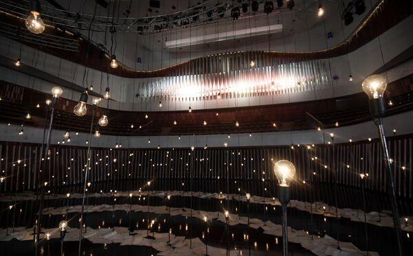 Il grande organo della sala da concerto Zaryadye a Mosca, Russia - Sputnik Italia