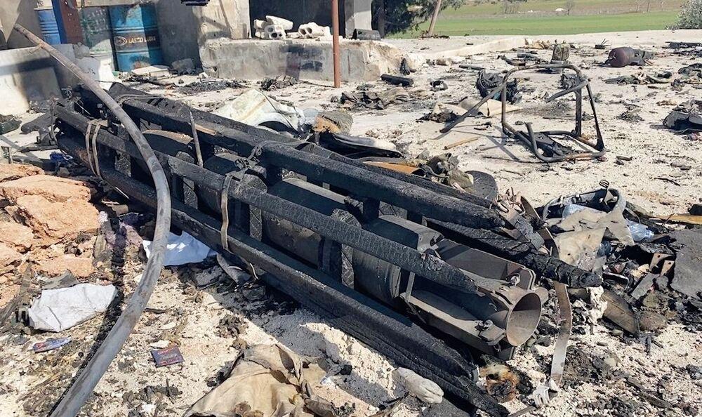 Il luogo dell'attacco contro un camion dell'esercito siriano con munizioni a Saraqib, Siria.