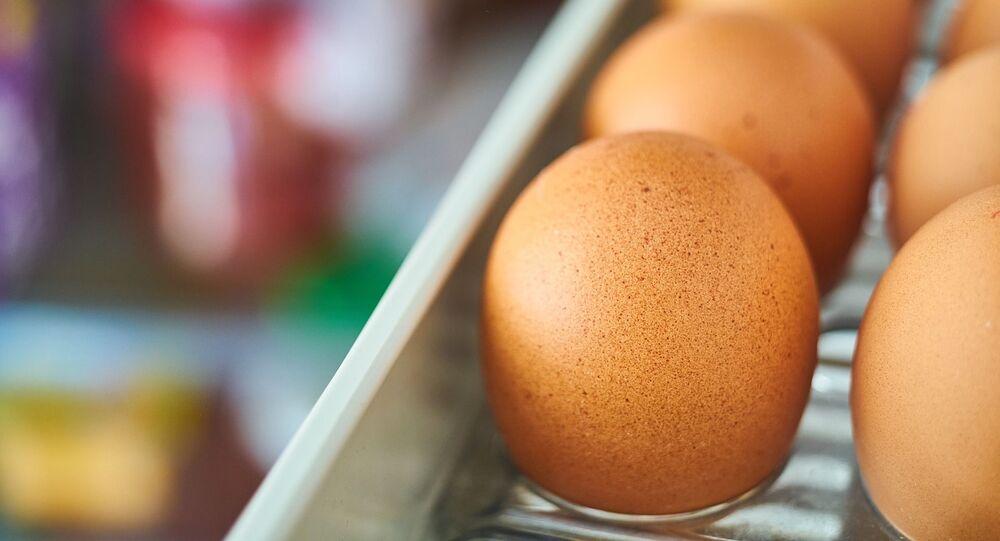 Uova nel frigorifero