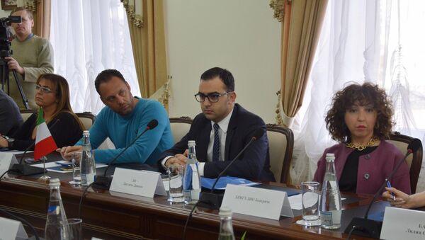Delegazione siciliana in visita a Sinferopoli, in Crimea - Sputnik Italia