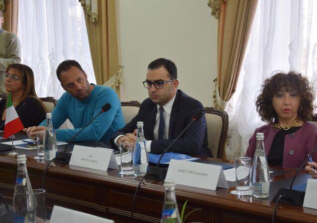 Delegazione siciliana in visita a Sinferopoli, in Crimea