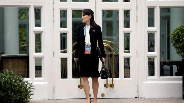 Sorella minore del leader della Repubblica Popolare Democratica di Corea e la vicedirettrice del Comitato Centrale del Partito del Lavoro Kim Yo-jong  - Sputnik Italia