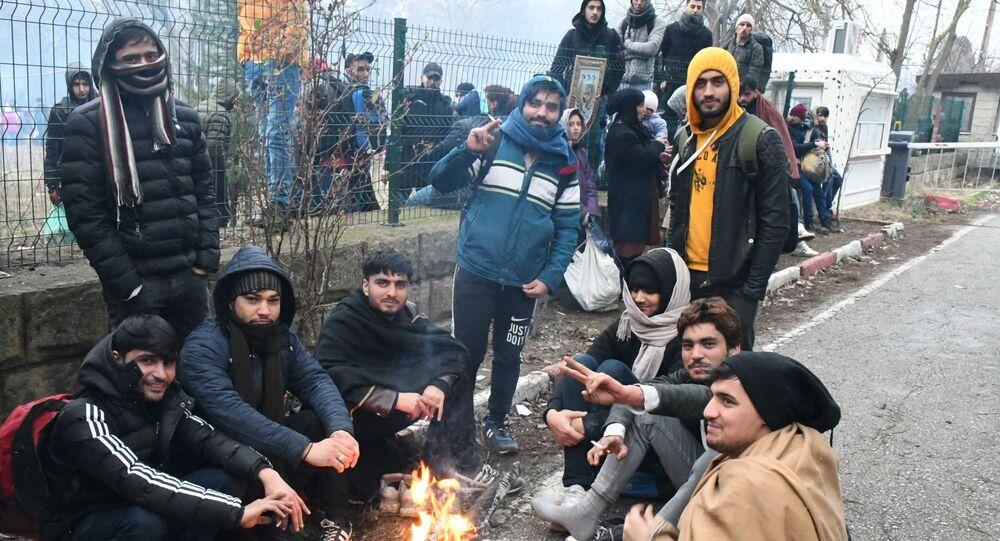 Rifugiati siriani sulla frontiera tra Turchia e Grecia