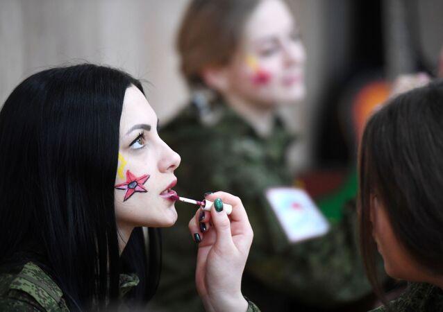 Le partecipanti al concorso di bellezza tra le donne militari delle Forze missilistiche strategiche russe.