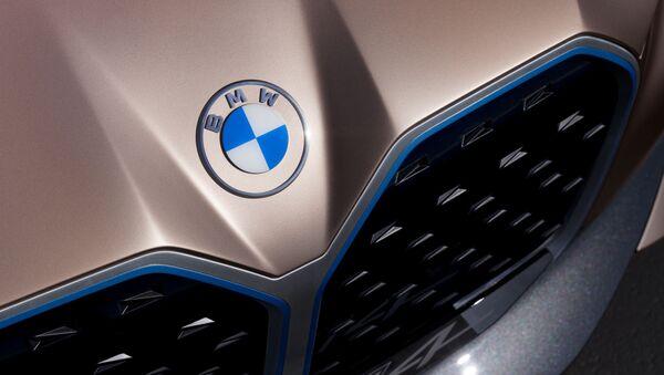 Il nuovo logo di BMW - Sputnik Italia