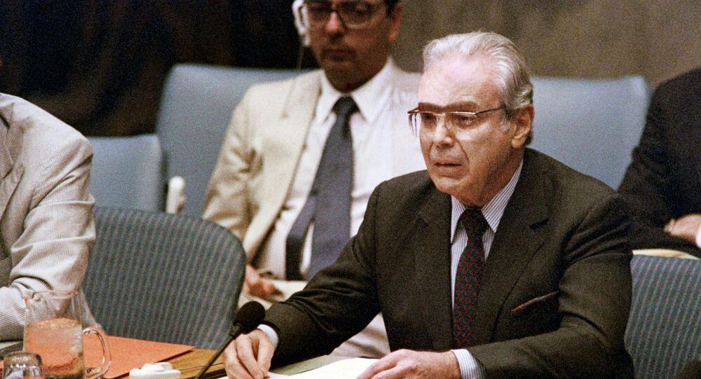 Javier Perez de Cuellar