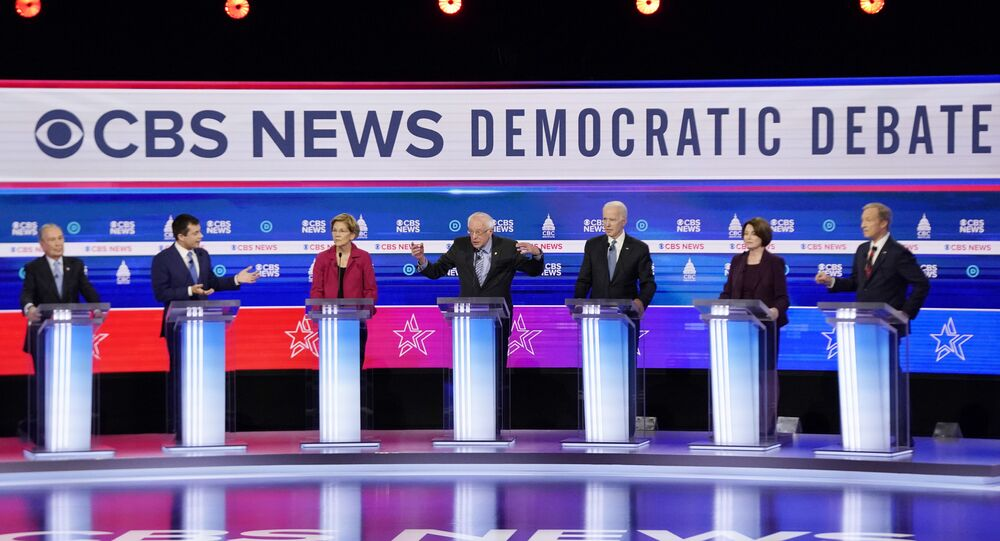 General view as Democratic 2020 U.S. presidential candidates (L-R) former New York City Mayor Michael Bloomberg, former South Bend Mayor Pete Buttigieg, Senator Elizabeth Warren, Senator Bernie Sanders, former Vice President Joe Biden, Senator Amy Klobuchar and billionaire activist Tom Steyer participate in the tenth Democratic 2020 presidential debate at the Gaillard Center in Charleston, South Carolina, U.S., February 25, 2020. REUTERS/Jonathan Ernst