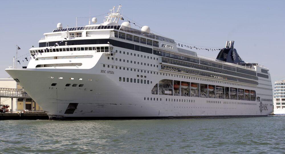 Coronavirus: al porto di Messina la Msc Opera con 2000 passeggeri
