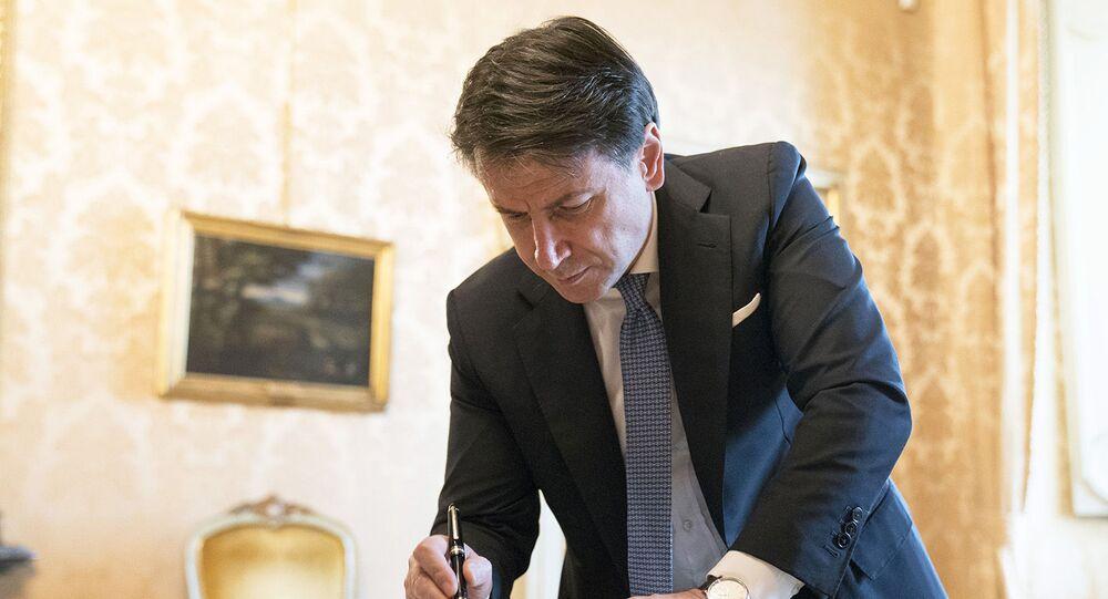 Il Presidente del Consiglio, Giuseppe Conte, al termine del Consiglio dei Ministri