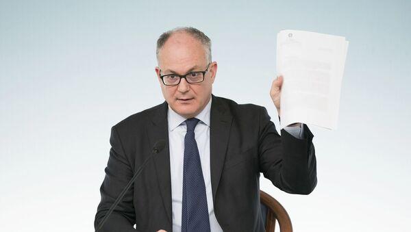 Il Ministro dell'Economia e delle Finanze, Roberto Gualtieri, in conferenza stampa al termine del Consiglio dei Ministri - Sputnik Italia
