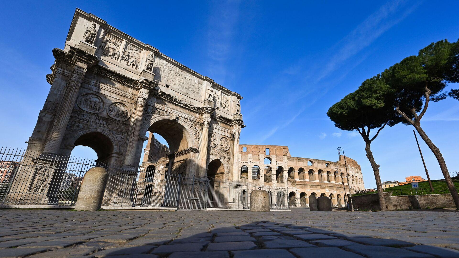 Colosseo deserto a Roma - Sputnik Italia, 1920, 09.06.2021
