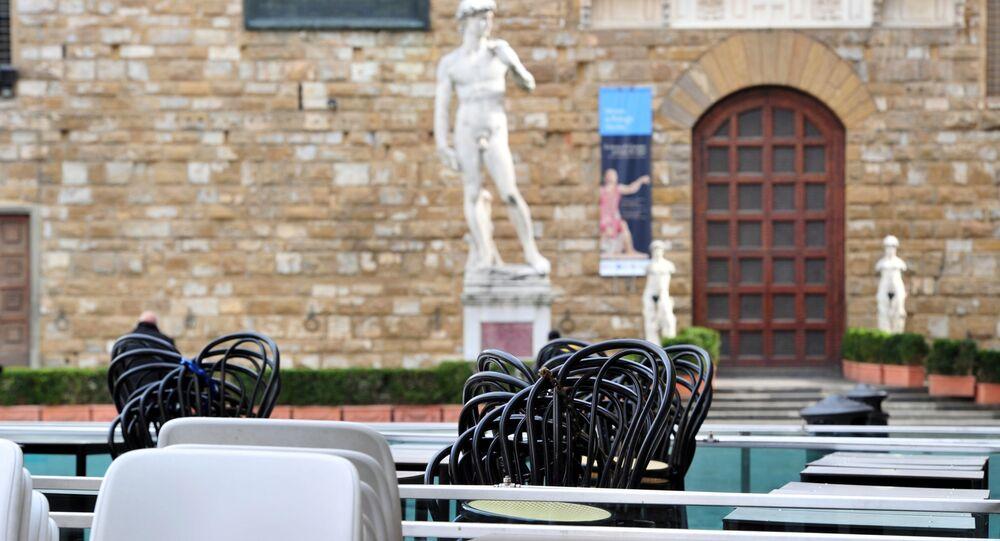 Un ristorante chiuso in Piazza della Signoria a Firenze