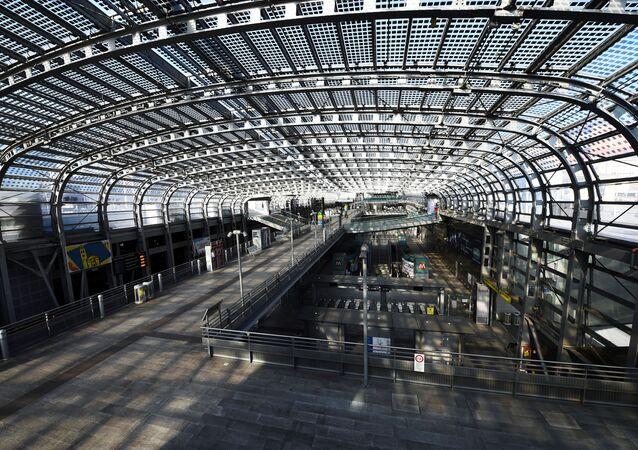 Una stazione ferroviaria a Torino