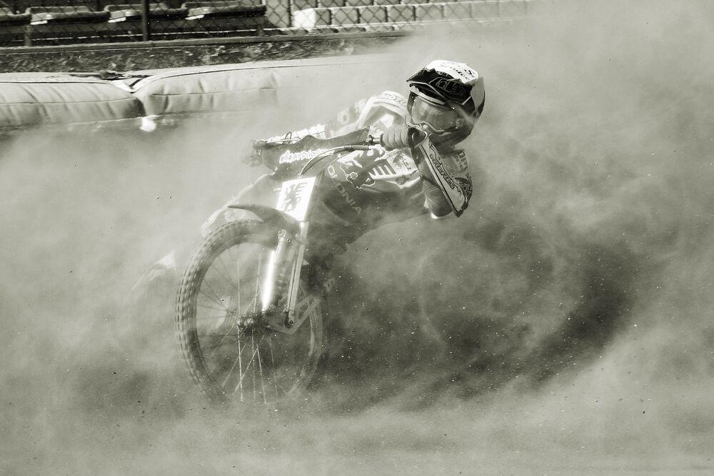 Lo scatto Speed in the dust della fotografa polacca Emilia Hamerska-Lengas.