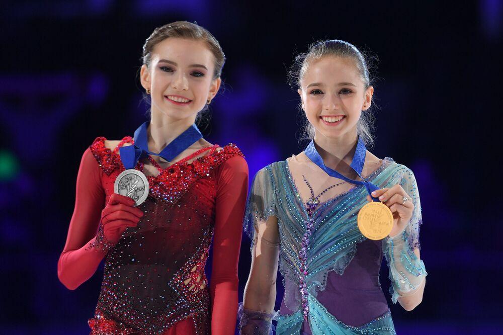 Le pattinatrici russe Daria Usacheva e Kamila Valieva.