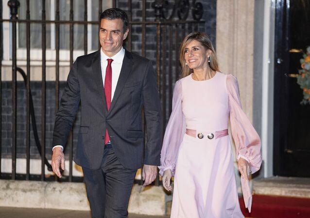 Pedro Sanchez con sua moglie Begona Gomez